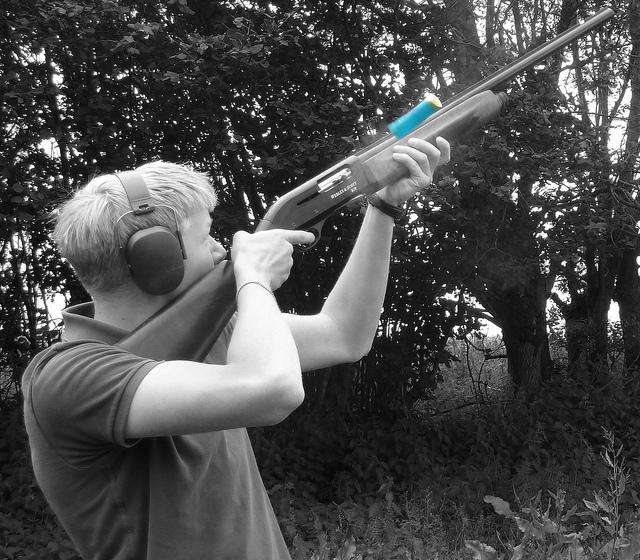 semi-automatic-shotgun